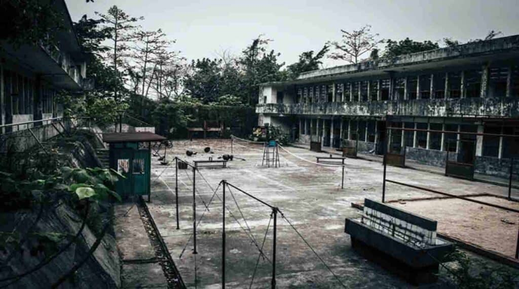 Tak Tak School Ghost Hong Kong