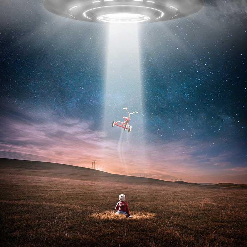 UFO Taking stuff from earth
