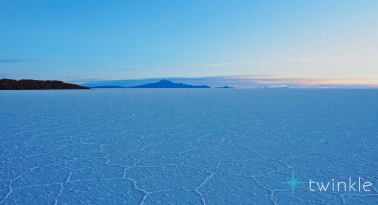 Incredible Salar de Uyuni – World's Largest Natural Mirror and Amazing Salt Flat